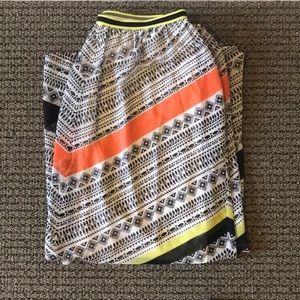 ⭐️5/$25⭐️ON Maxi Skirt!